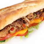 Sandwich viande kebab,tomate, fromage,pain frais, salade